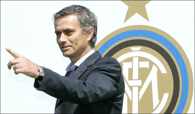 jose-mourinho-real-madris-crest.jpg